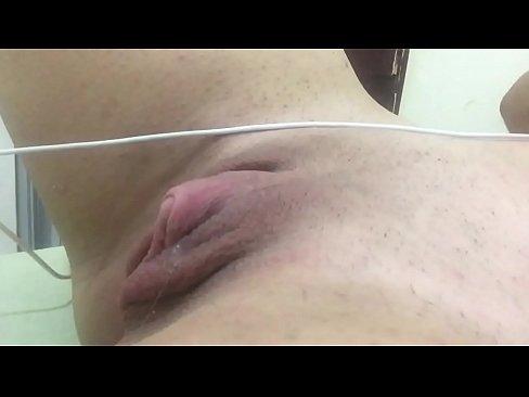 Siririca gostosa e uma buceta apertada